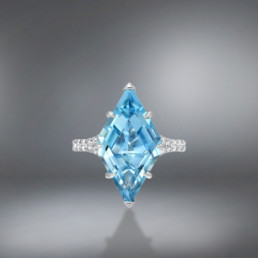 Aquamarine Shield Diamond Platinum Ring 4.74 Carat