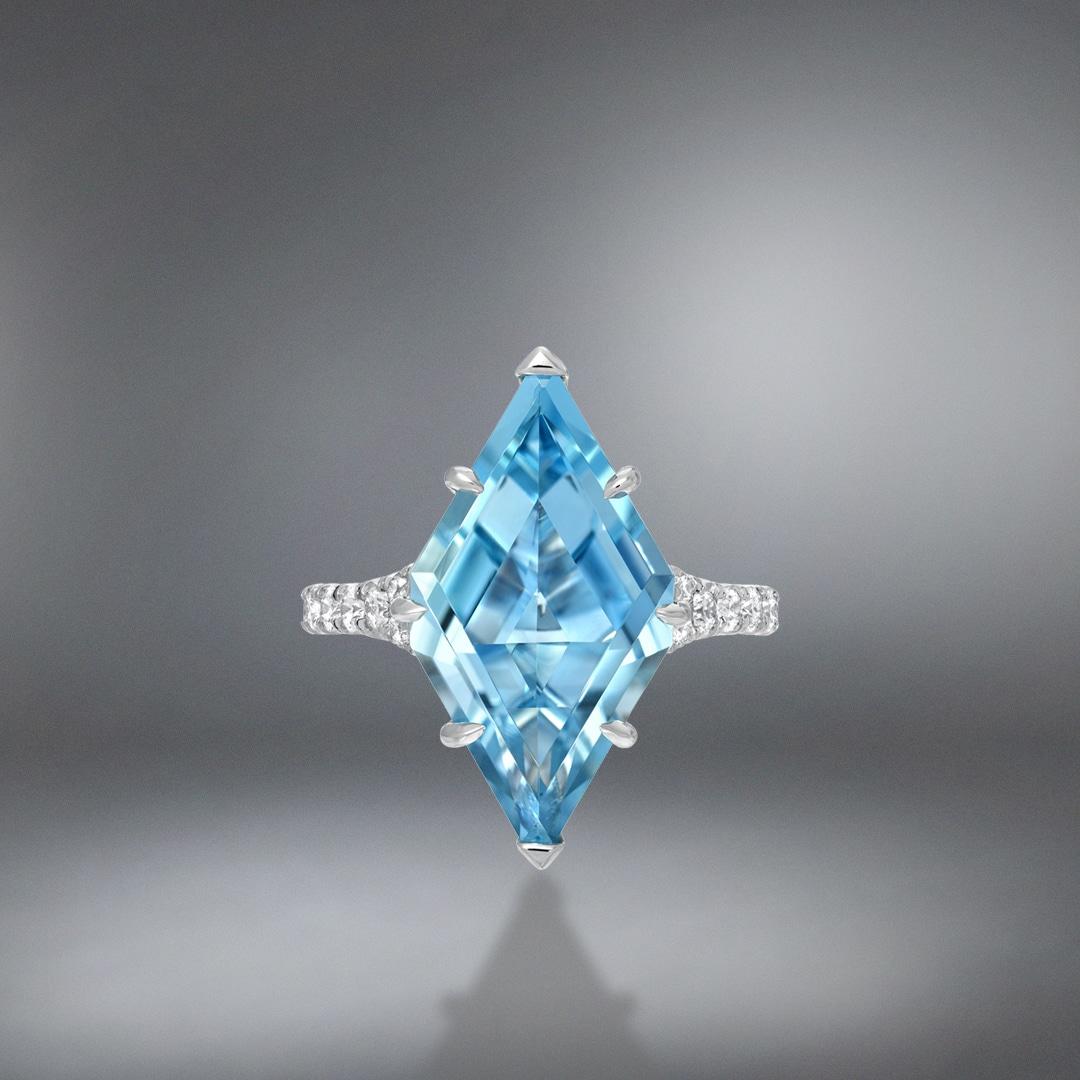 Aquamarine Shield Diamond Platinum Ring 4.74 Carat