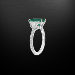 No oil Colombian Emerald ring 2.17 Carat